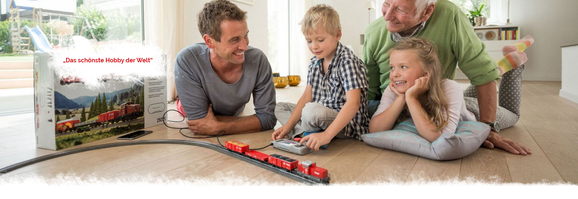 Frisch lackiert war die Lokomotive, die den Sonderzug nach Altenberg zog. Genauso glänzend wird sie zur traditionellen Modellbahnausstellung am 3. Adventswochenende strahlen